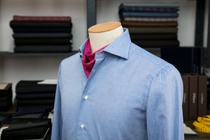 a shirt with a neapolitan shoulder in blue piquet egyptian cotton with mother of pearl buttons