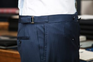 trousers in blue tasmanian wool fabric with belt-loops