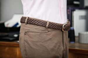 trousers in brown gabardine cotton with belt-loops
